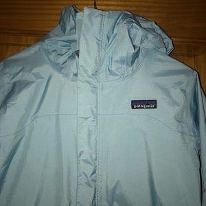 Woman's Patagonia Torrentshell Rain Jacket in S